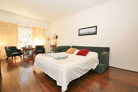 Central Location, Bright Apartment! - Apartamento