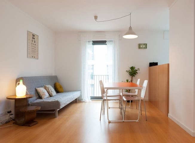 Stylish Lisbon Downtown Apartment with Parking