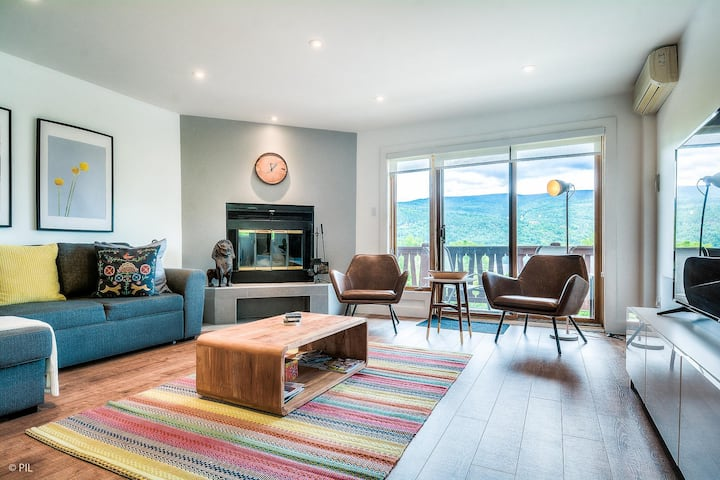 Lakeside condo with breathtaking views of Tremblant