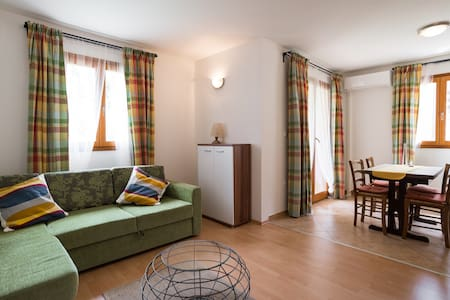 Apartment Dajla (Novigrad) - Green dream x 4