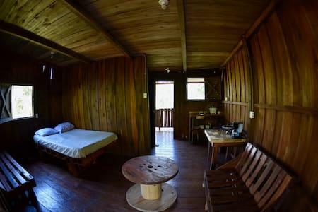Rustic Cabin Getaway by Cachí Climbing Costa Rica