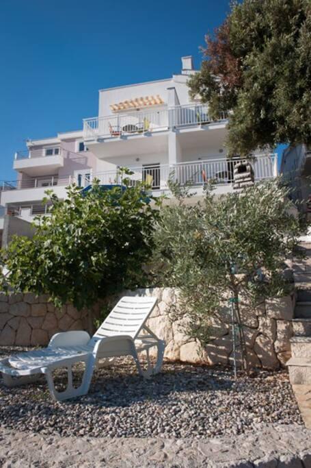 Villa Mediterraneo seafront cascade garden with direct access to the sea