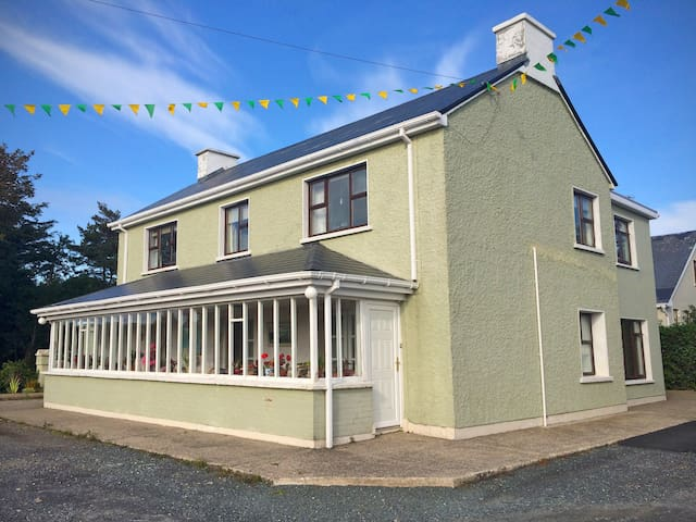 Large house on Wild Atlantic Way - Gweedore - Casa