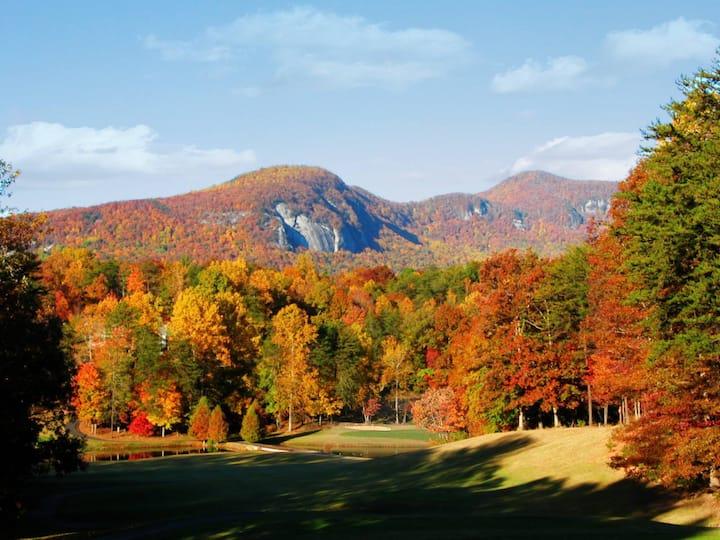 ★Mountain, Lake, Golf Resort for 8 ★Kayak Included
