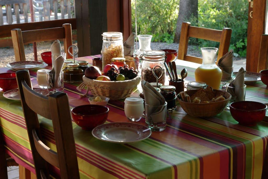 Petit-déjeuner sur demande
