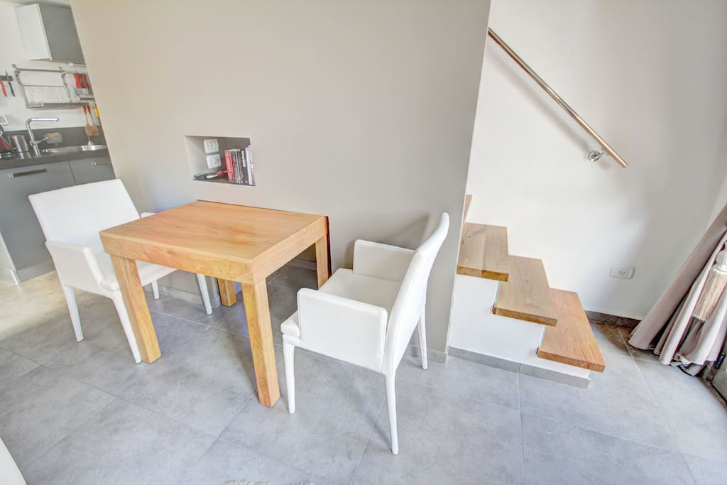 The Dinning Table ( can be strech for up to 4 persons )