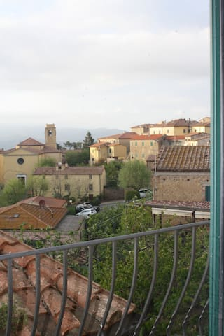 Panoramico in tipico borgo toscano - Guardistallo - 公寓