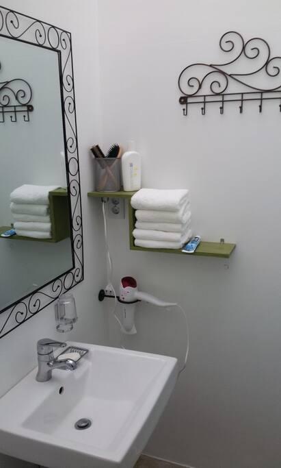 1층 샤워실