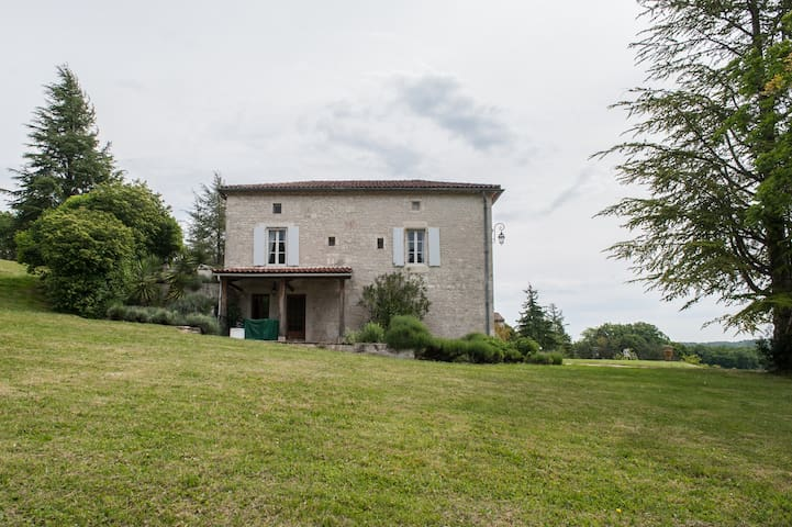 Domaine Lapeze Les Terrasses - Montcuq - Apartment