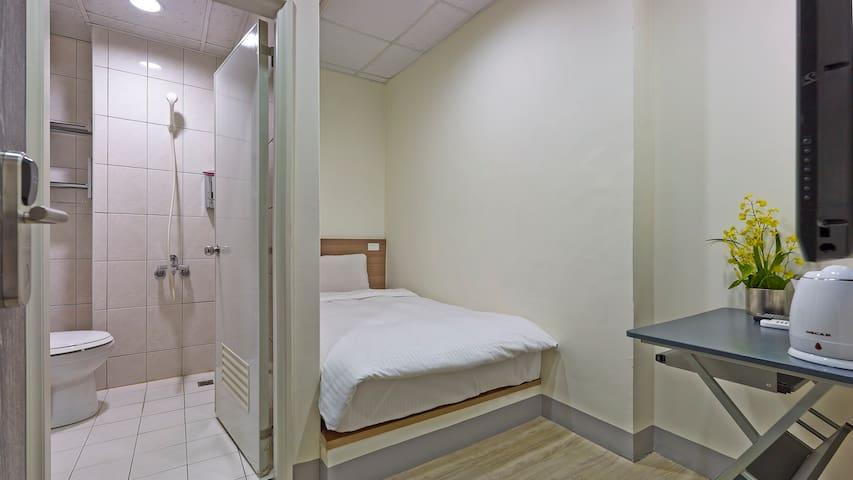 步行至士林夜市只要2分鐘-單人房Single Bed