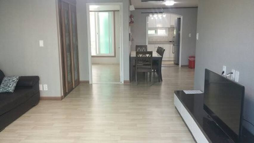Rego House-Blue (3bed room, 2 bath) - Chuncheon-si - Apartamento
