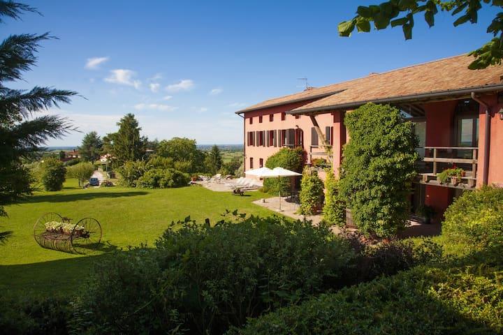 Agriturismo Casa Rossa ai Colli - Ragogna - Bed & Breakfast