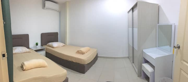 (Twin Bedroom B) KK Yuan Homestay 亚庇缘宿 LIKAS 靠近市区