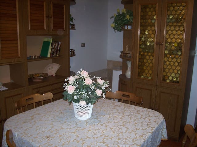 CASA VACANZA A MONTELUPONE - Montelupone - Haus