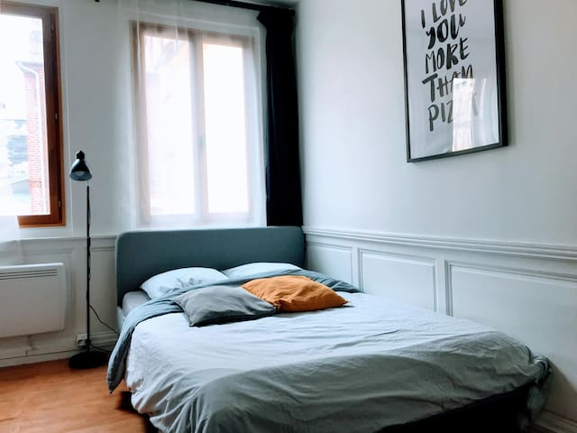 Airbnb Rouen Holiday Rentals Places To Stay