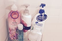 bath room - Shampoo, Conditioner, Body Shampoo