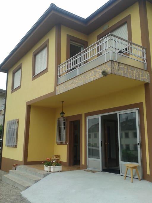 Accesos para minusválidos, amplia zona común, habitaciones con terraza