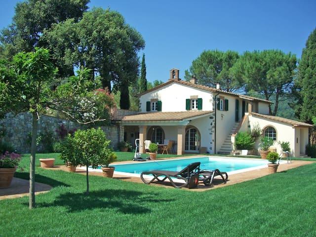 Casale Toscana con piscina - Riparbella