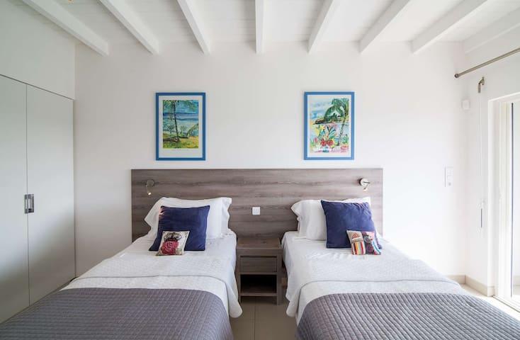Villa Imagine- Amazing View and Close to the beach