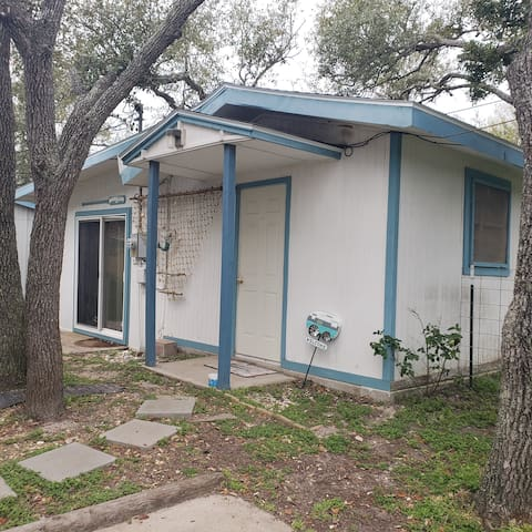 Aransas Pass Bungalow