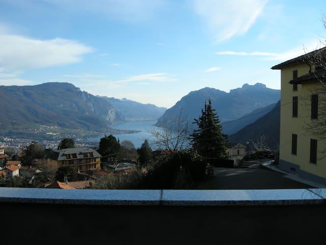 Spendida vista sul Lago di Como - Civenna - Dům