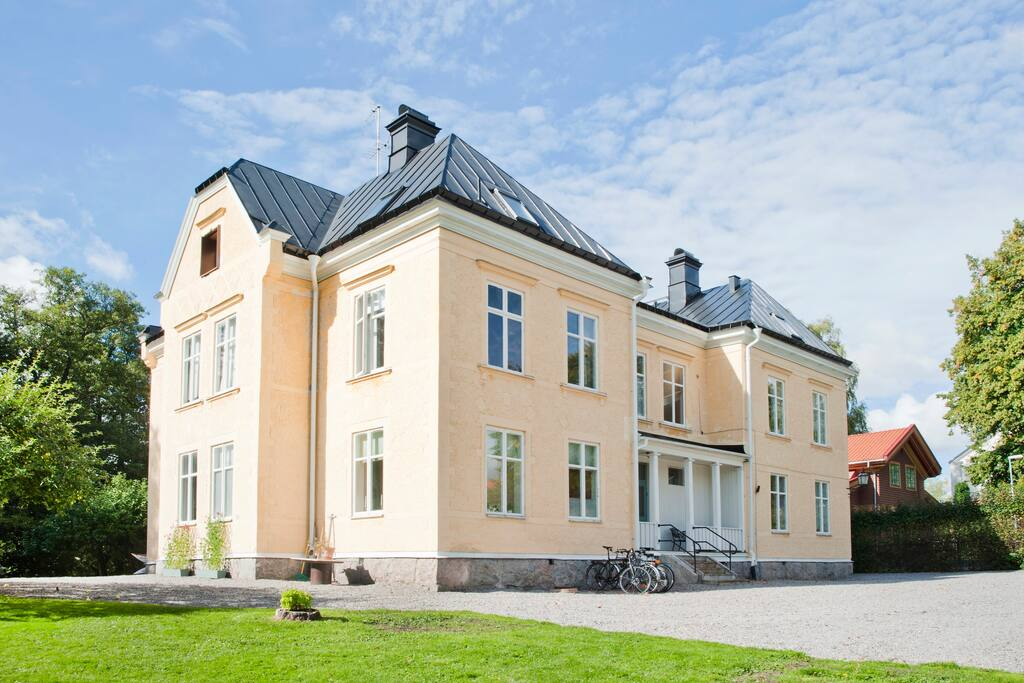 In Nyköping by the Castle & River, a pleasant stay we can deliver!