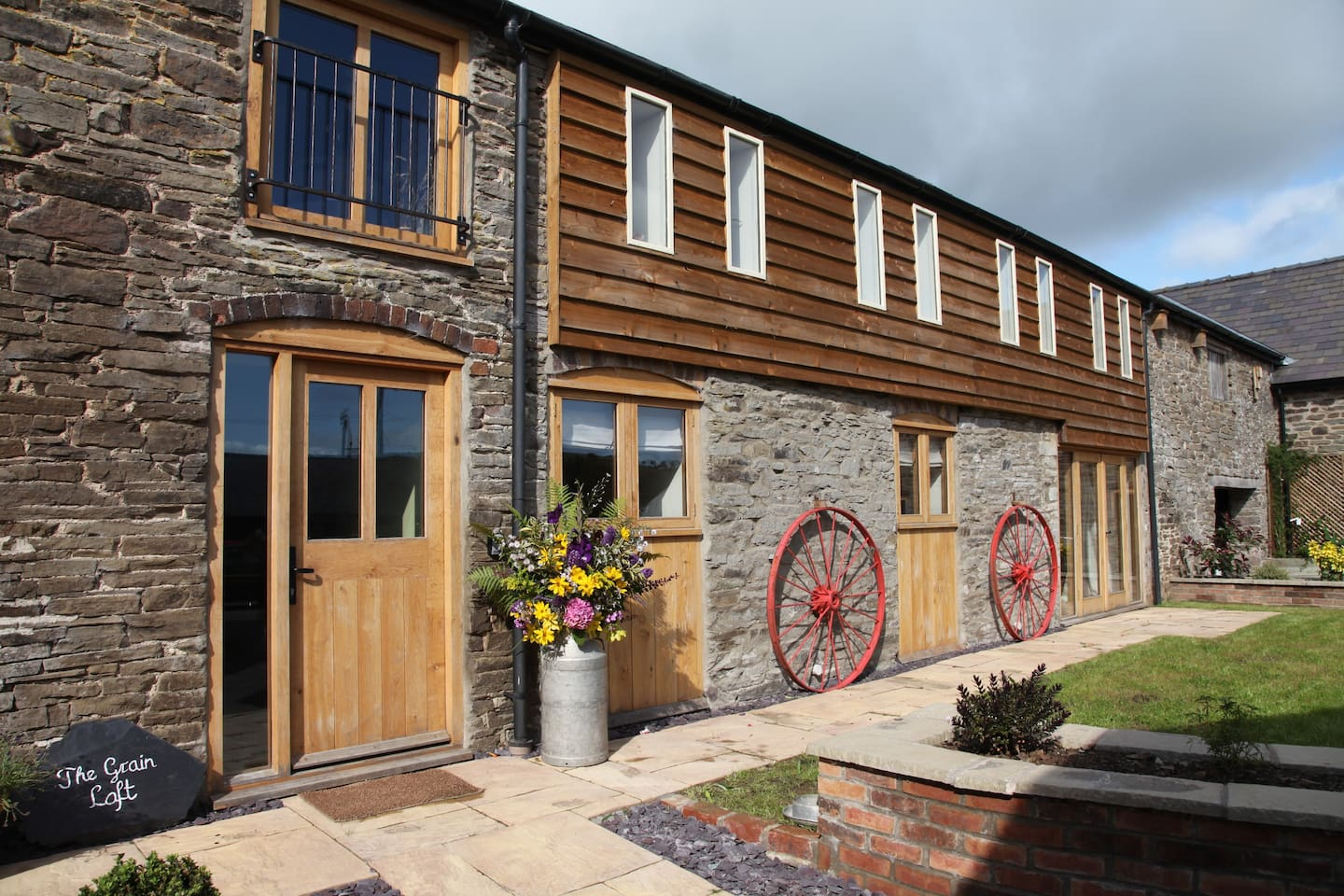 Beautiful barn conversion in stunning countryside.  Perfect rural retreat