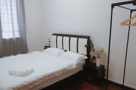TerminaL 6 Homestay - Standard Twin Room 4