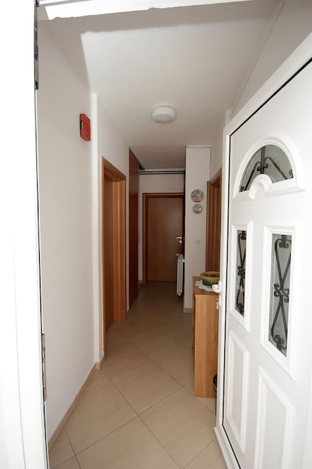 Double room appartements louer budva montenegro - What does salle de bain mean in english ...