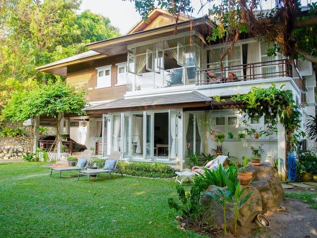 Banyan Villa Samui