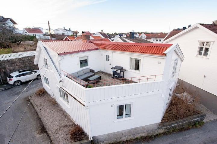 Koselig leil. i Sørlandshus, med 2 s.rom.