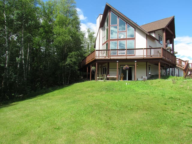 Quiet and comfortable 3 bdrm home. - Wasilla - Hus