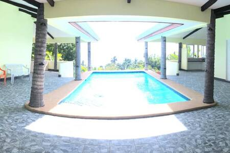 Peace and Solitude at the heart of Camotes (Room1)