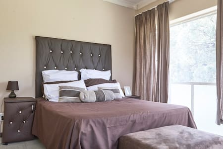 Accommodation furnished close to OR Tambo Airport - Kempton Park