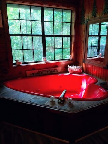 Beautiful and relaxing jetted heart tub
