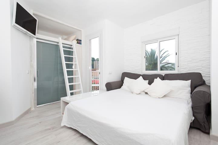Study modern newly renovated. - Palma de Mallorca - Appartement