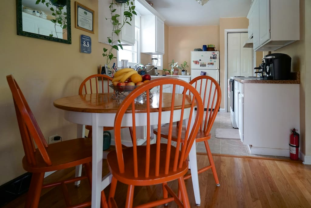 Quiet place for breakfast, with full kitchen