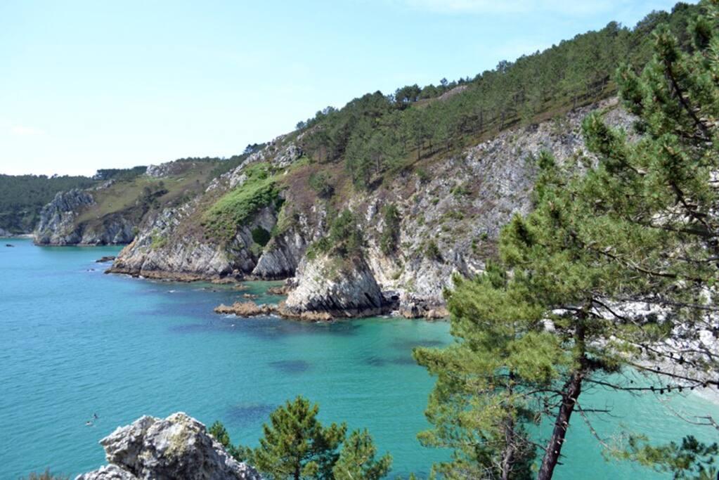 La plage de L'île vierge accessible à pieds ou en Kayak