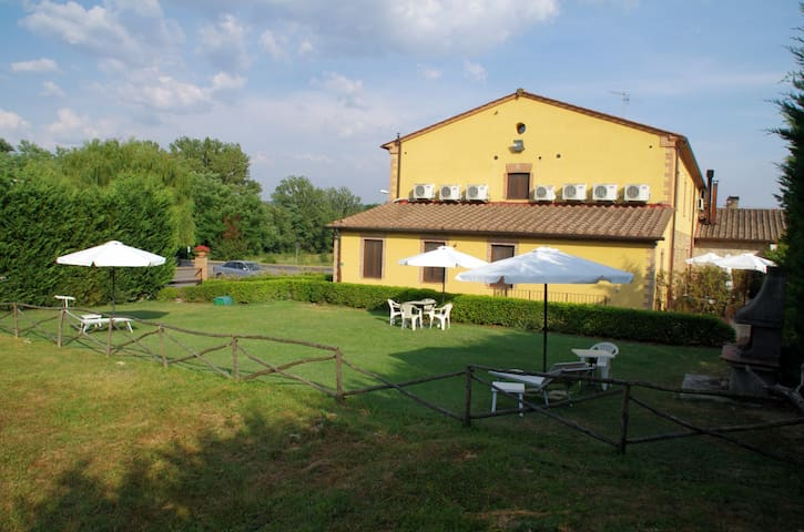 Cipresso Studio in Tuscany hills (Up to 2 persons)