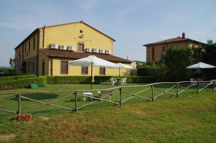 Leccio House in Tuscany (Up to 3 persons)