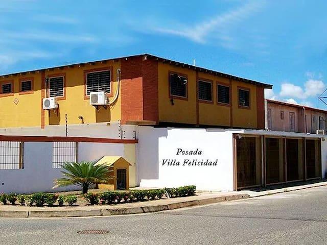 (URL HIDDEN).c - Guayana City puerto ordaz - Dom