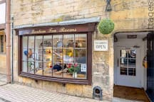 Chipping Campden has lots of lovely pubs, restaurants and tea rooms