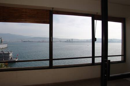 Monthly/Closest 2 the Sea in İzmir  - Dikili - Appartement