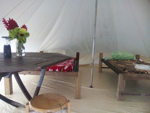3 Rivers Eco Lodge BIG tent,2 beds. with breakfast