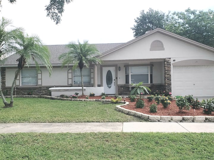 Pvt Heated Pool in the heart of Orlando, 3 Bedroom