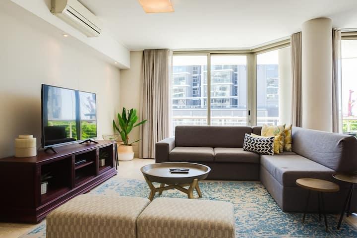 Canal Quays 311 - 1 Bedroom Executive Apartment