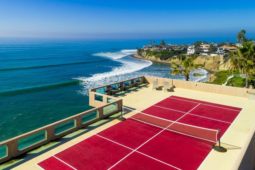Roof-top tennis deck