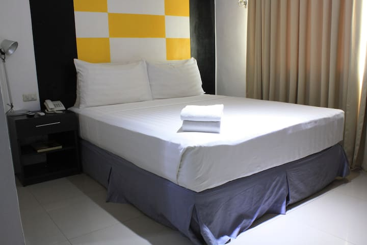 #705 Centrally Located + Affordable Botique Hotel