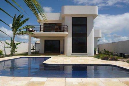 VILLA ART DECO  FACE A LA MER AVEC PISCINE - Pipa Beach - Villa