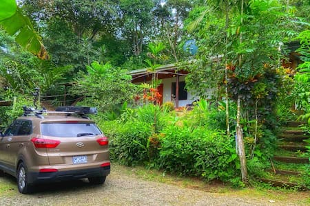 Charming house near La Fortuna and Arenal Volcano.